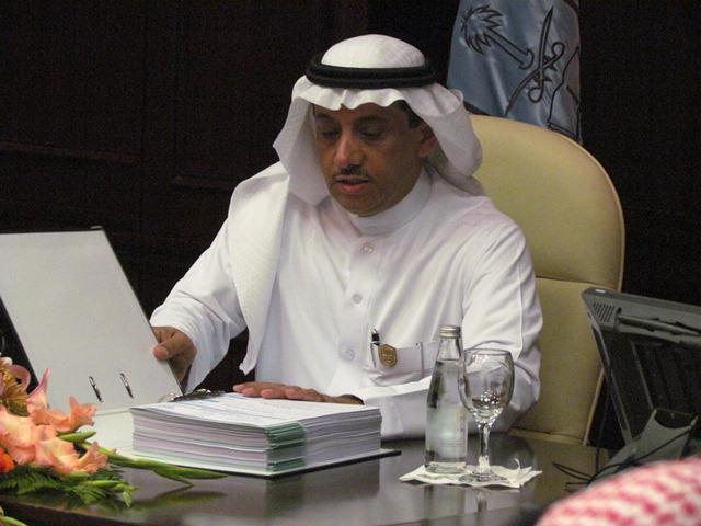 """خلال جلسته الثامنة، مجلس الجامعة يوصي بالموافقة على استحداث برنامج """"أبحاث ما بعد الدكتوراه"""" بجامعة الملك سعود"""