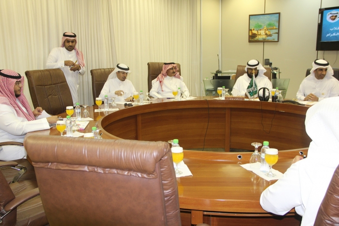 Saudi Aramco Discusses KSU Recruitment Partnership