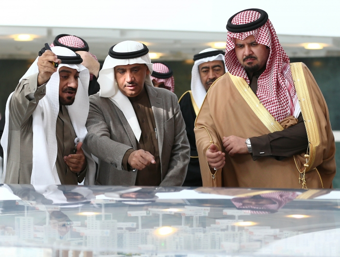 HRH Prince Salman bin Sultan visits King Saud University