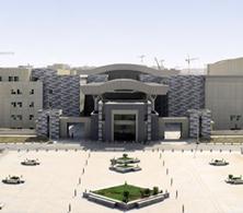 عمادة التطوير والجودة تكمل جولتها التخصصية بزيارة كلية التربية