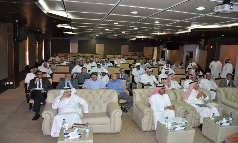 التطوير والجودة تناقش الخطة الاستراتيجية الثالثة لكلية الهندسة