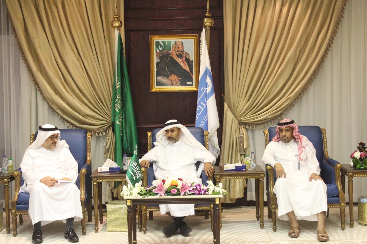 توقيع مذكرة تفاهم بين جامعة الملك سعود –كلية المجتمع وشركة أنظمة الاتصالات والالكترونيات المتقدمة