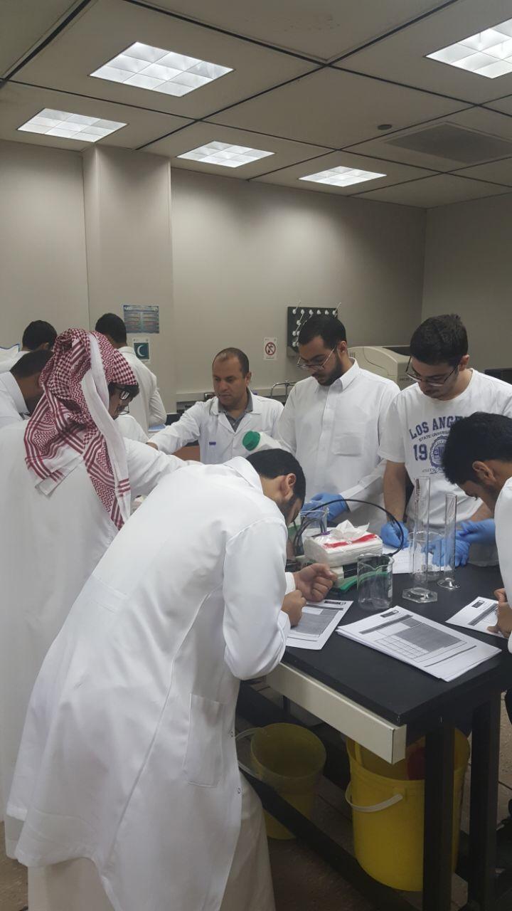 التحضيرات والتجهيزات في المختبرات