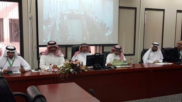 وكيل الجامعة للمشارع يفتتح ندوة كرسي الأدب السعودي