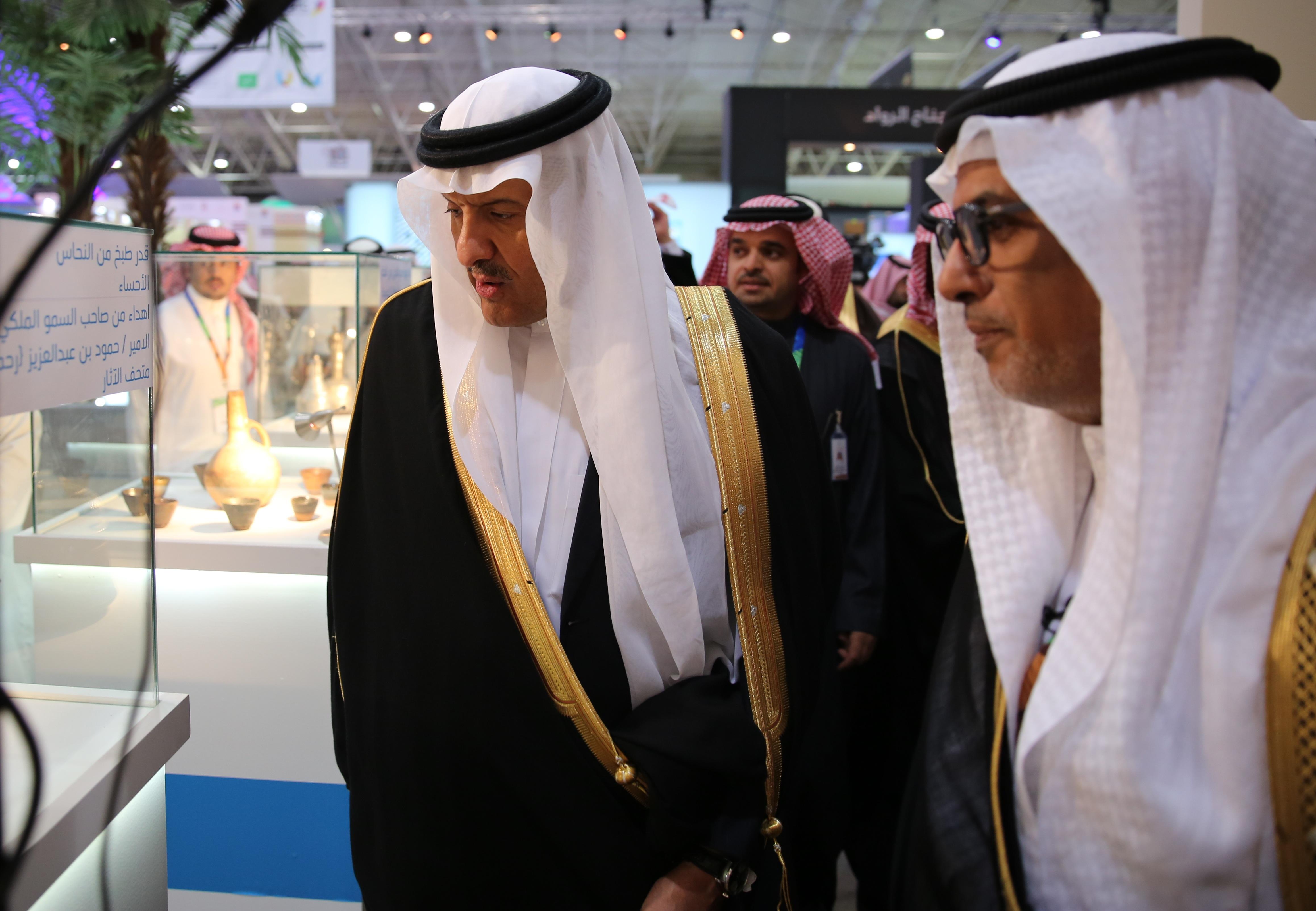 كلية السياحة والآثار تمثل جامعة الملك سعود بملتقى ألوان السعودية 2016