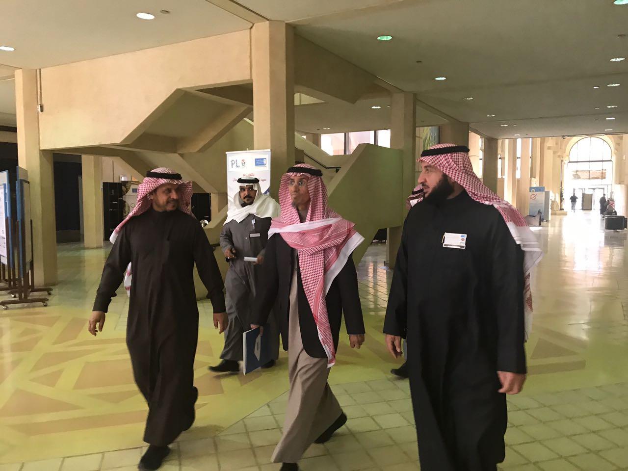 65-  وكيل الجامعة للمشاريع يتفقد كلية علوم الأغذية والزراعة