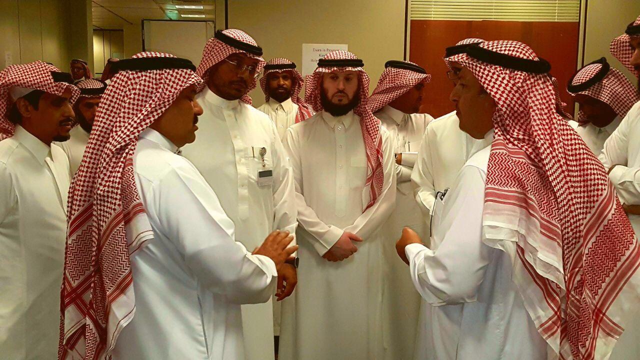 وكيل جامعة الملك سعود للمشاريع يزور عمادة السنة الاولى المشتركة