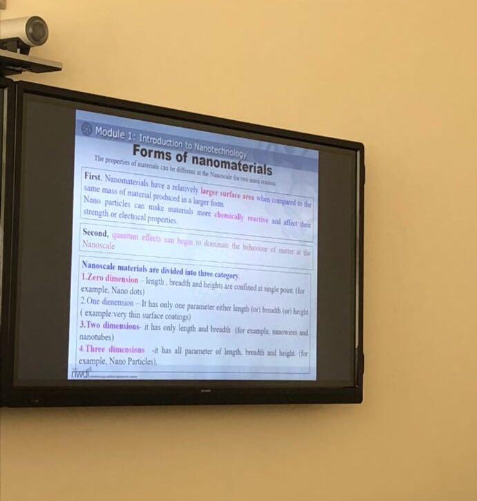 زيارة منسوبات معهد الملك عبدالله لتقنية النانو الى معهد الادارة العامة بالرياض