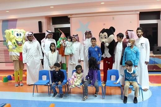 طلاب كلية المجتمع في زيارة إلى مستشفى الملك فيصل التخصصي