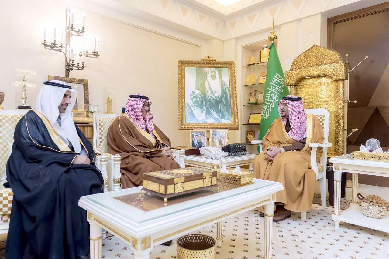 """أمير منطقة القصيم يرعى توقيع مذكرة تفاهم مشتركة بين جمعية """"كبدك"""" وجامعة الملك سعود"""