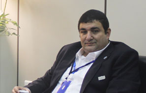 زيارة ممثل الملحقية الثقافية السعودية في النمسا لمعهد اللغويات العربية