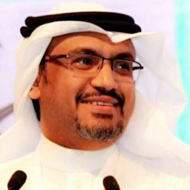 د. احمد ابوشايقة ينال جائزة نسيبة بنت كعب للتمريض
