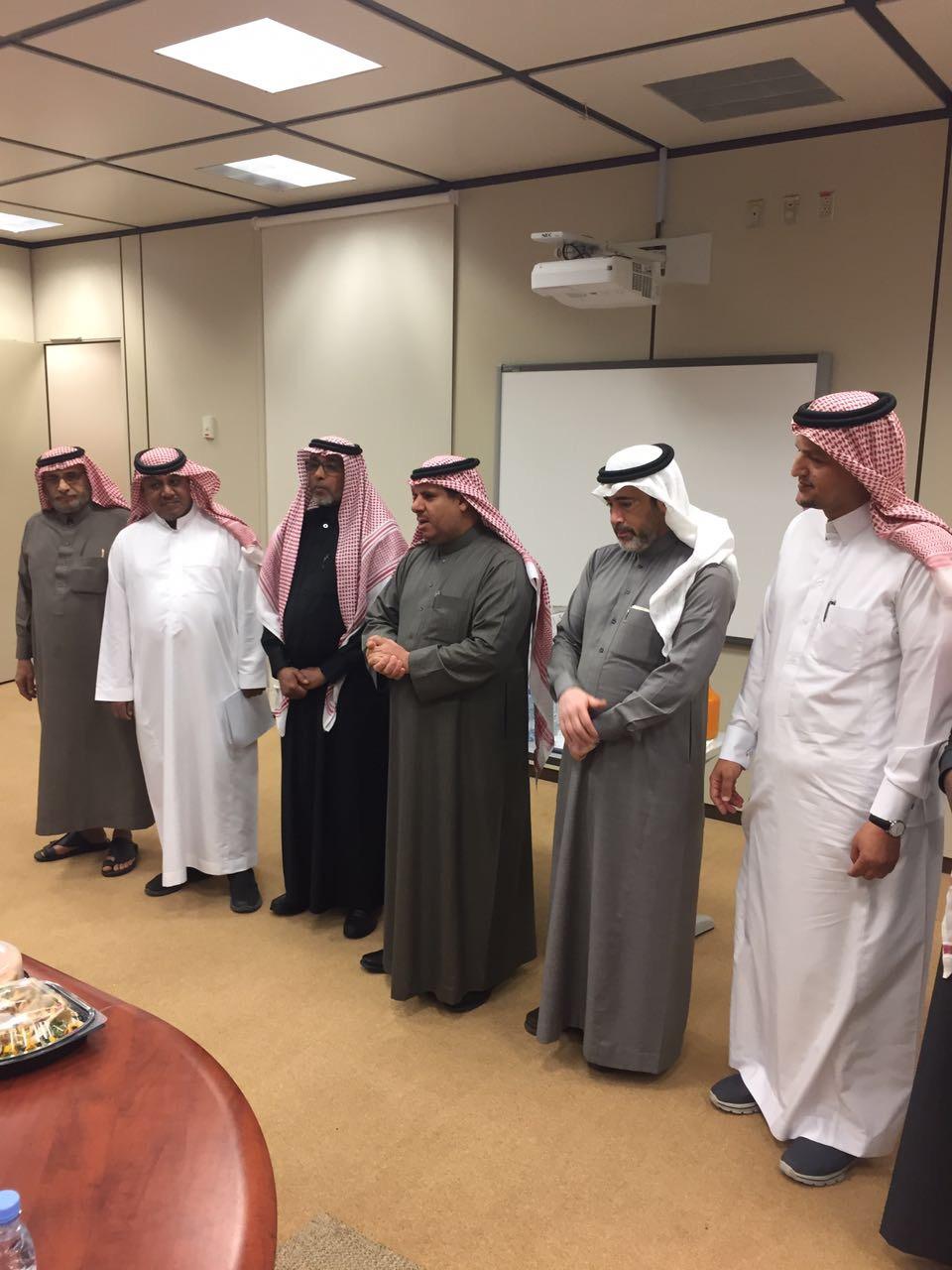 تقاعد الاستاذ عبدالرحمن الحرقان رئيس وحدة التسجيل وشؤون الطلاب بكلية اللغات والترجمة