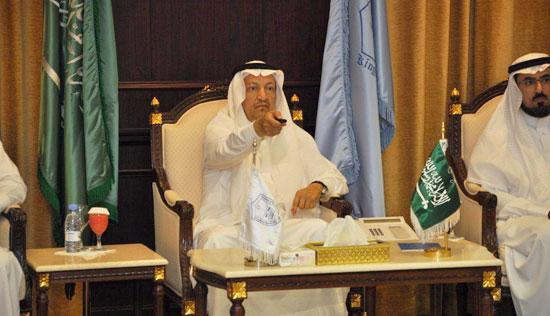 تدشـينُ عـددٍ من الخدمـاتِ الإلـكــتـرونـيّة الجديدة في جامعة الملك سعود