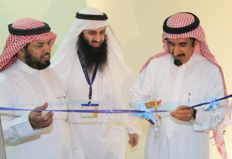 معالي مدير جامعة الملك سعود يفتتح المؤتمر العالمي للسمنة بكلية الطب