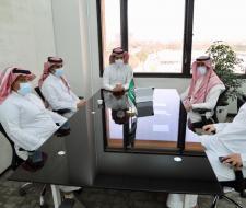 عميد شؤون الطلاب يعقد اجتماعاً...