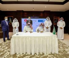 King Saud University signed MoU with Arab Red...