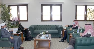 كلية التمريض تبحث أوجه التعاون مع جامعة اليمامة