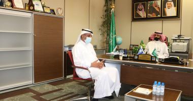 رئيس الاتحاد السعودي للتنس في ضيافة عميد كلية علوم الرياضة والنشاط البدني