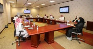 مجلس إدارة مركز تنمية القيادات التنفيذية والإدارية بكلية إدارة الأعمال يعقد أولى اجتماعاته