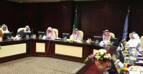 الأمير بدر بن سلطان يزور جامعة الملك سعود ويتكفل بإصدار الأطلس البيئي