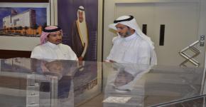أمين عام أوقاف جامعة الملك سعود  يلتقي أول متبرع للاوقاف