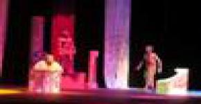 جامعات الملك فهد والملك عبدالعزيز والامارات العربية،، يواصلون التألق المسرحي