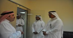 وكيل الجامعة لتطوير الأعمال في ضيافة كلية الدراسات التطبيقية وخدمة المجتمع