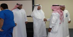 كلية الأمير سلطان بن عبد العزيز للخدمات الطبية الطارئة تعايد طلابها ومنسوبيها