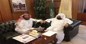 مشرف كرسي تعليم القرآن وإقرائه يلتقي أستاذ الكرسي معالي الشيخ عبدالرحمن السديس