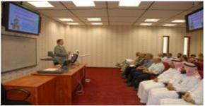 محاضرة في كرسي ابحاث المواد المتقدمة بكلية العلوم