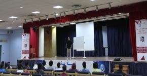 وحدة المسرح تنظم دورة في الفنون المسرحية