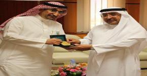 Vice Rector Al-Aameri visits deanship of graduate studies
