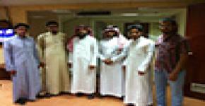 وفد جامعة الملك عبدالعزيز في ضيافة السكن
