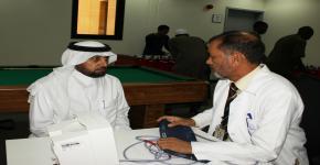 يواصل مركز التوجيه والإرشاد الطلابي بعمادة شؤون الطلاب حملة التبرع بالدم بمعهد اللغة العربية