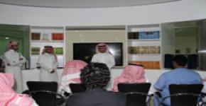 اسكان الطلاب يزور مؤسسة العنود الخيرية