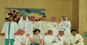 Students, Dean of Student Affairs visit Riyadh hospitals for social work