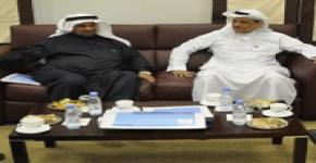 Rector Al-Omar meets with Sheikh Abdullah Al-Hulayl to discuss endowment for new University tower