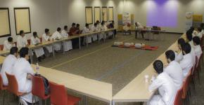 ٣٥ طالباً متفوقاً بالأولى المشتركة يتدربون على الإنعاش القلبي