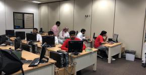 السنة الأولى المشتركة تقيم محاضرة بعنوان (اختبار في تطبيق سوكراتيف)