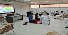 النادي الثقافي الاجتماعي في كلية الأمير سلطان للخدمات الطبية  يُنظم فعالية تدريب الإنعاش القلبي الرئوي باستخدام اليدين
