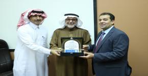 عمادة التطوير والجودة  تحتفي بالأستاذ الدكتور أحمد عكاوي