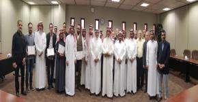 تكريم الطلاب المتفوقين في قسم الهندسة المدنية