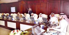 بحضور أ.د. النمي .. مركز الخريجين يجتمع مع وحدات الخريجين والخريجات بكليات الجامعة