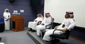 د. الحسين يزور إدارتي شؤون الموظفين  بالمستشفيات الجامعية ويلتقي منسوبيها
