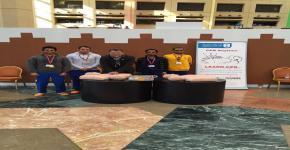 مشاركة طلاب كلية الأمير سلطان الطارئة في معرض التراث والفنون بجامعة الملك سعود