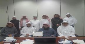 أ.إبراهيم الحميدان يحصل على جائزة العميد للموظف المثالي بالكلية لشهر جمادى الأولى لهذا العام