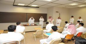 جولة وكلاء الكلية للإطلاع على سير العملية التعليمية