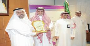 طلاب كلية العمارة والتخطيط يحصدون المركزين الثاني والخامس على مستوى الجامعات السعودية  في مسابقة تصميم المباني التعليمية