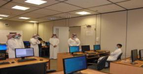أ.د. النمي يتابع سير الاختبارات الحضورية للمقررات العملية